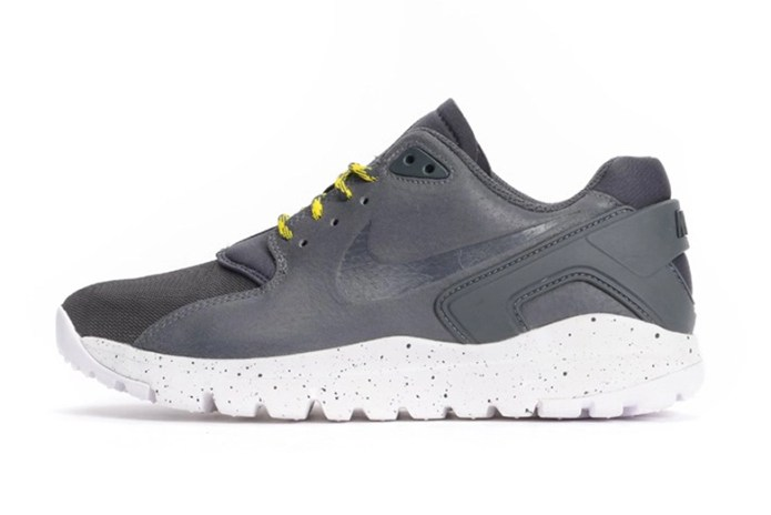 "Nike Koth Ultra Low ""Dark Grey"""