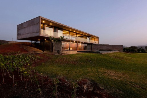 Panorama House by Ajay Sonar