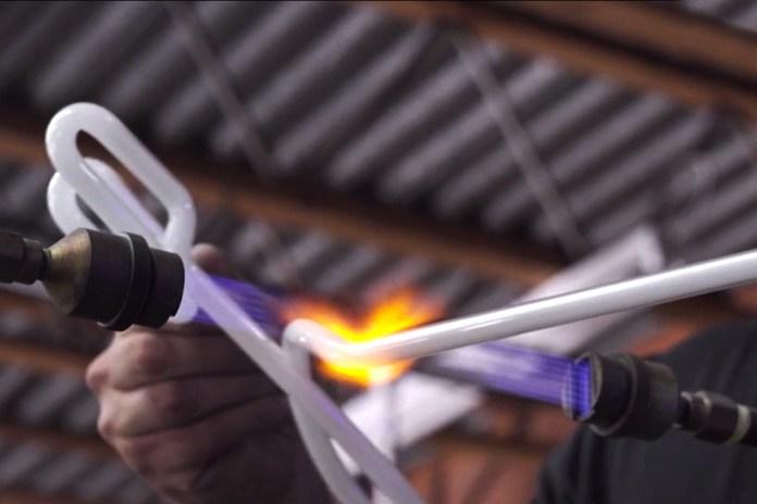 The Craft of Neon Light Bending