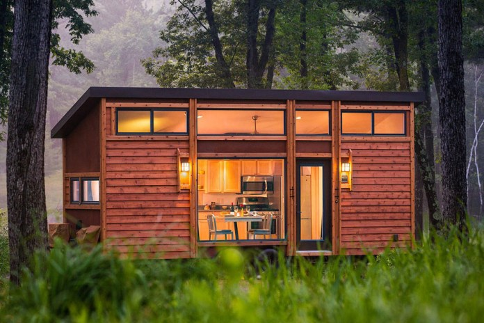 The ESCAPE Traveler Combines an RV With a Rustic Cabin