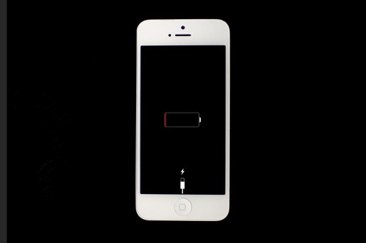 World's First Hydrogen Battery Charges Your iPhone for 7 Days