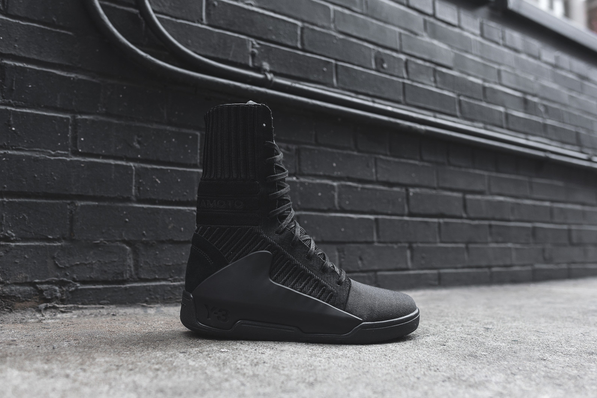 A Closer Look at the Y-3 2015 Fall/Winter Hayworth Guard High
