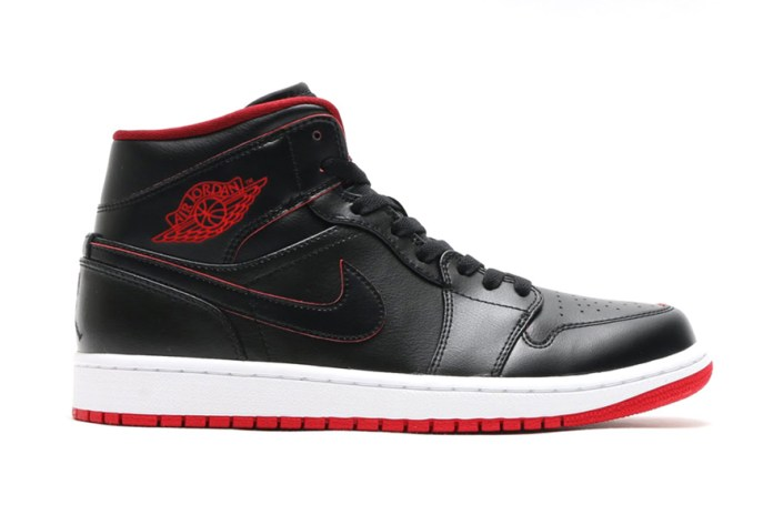 Air Jordan 1 Mid Black/Black-White-Gym Red