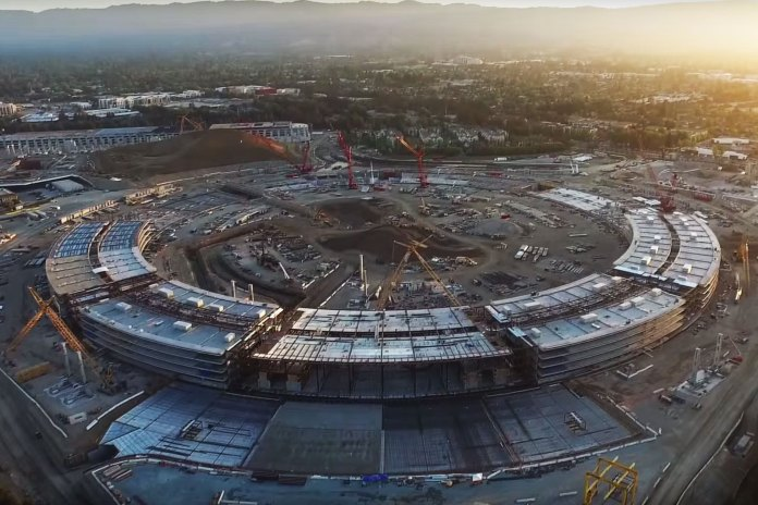 Watch Apple's Campus 2 Begin to Take Shape   Video