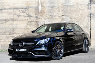 The BRABUS C63 S Is a 600 HP Colossal Family Sedan