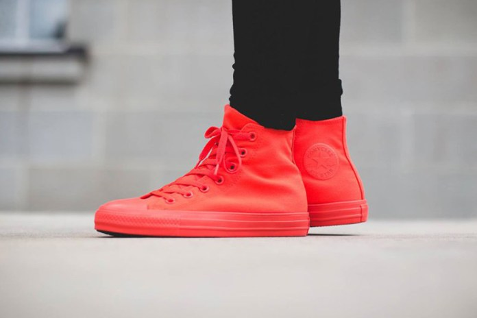 "Converse Chuck Taylor All Star Hi ""Bright Crimson"""