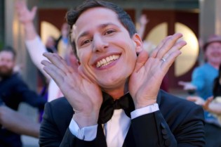Watch Andy Samberg's Opening Number For the 2015 Emmys