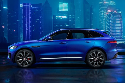 Jaguar F-Pace Is an SUV Crossover With Sports Car Technology