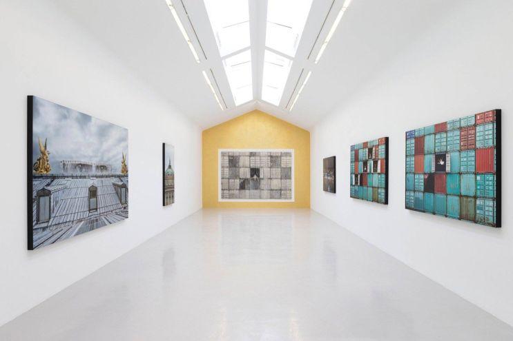 """JR """"DECADE, Portrait d'une génération"""" @ Galerie Perrotin"""