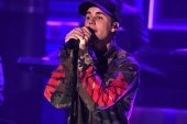 "Watch Justin Bieber Perform ""What Do You Mean"" on Jimmy Fallon Wearing Yeezys and OFF-WHITE"