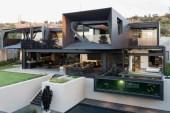 Kloof Road House by Nico Van Der Meulen