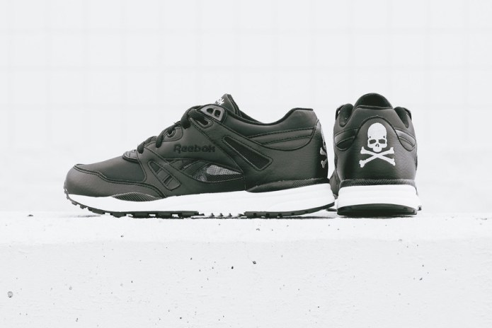"mastermind JAPAN x Reebok Ventilator and LX 8500 ""Black/White"""