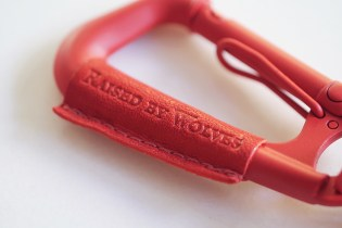 "(multee)project x Raised By Wolves Type2L Carabiner ""Matte Red"""