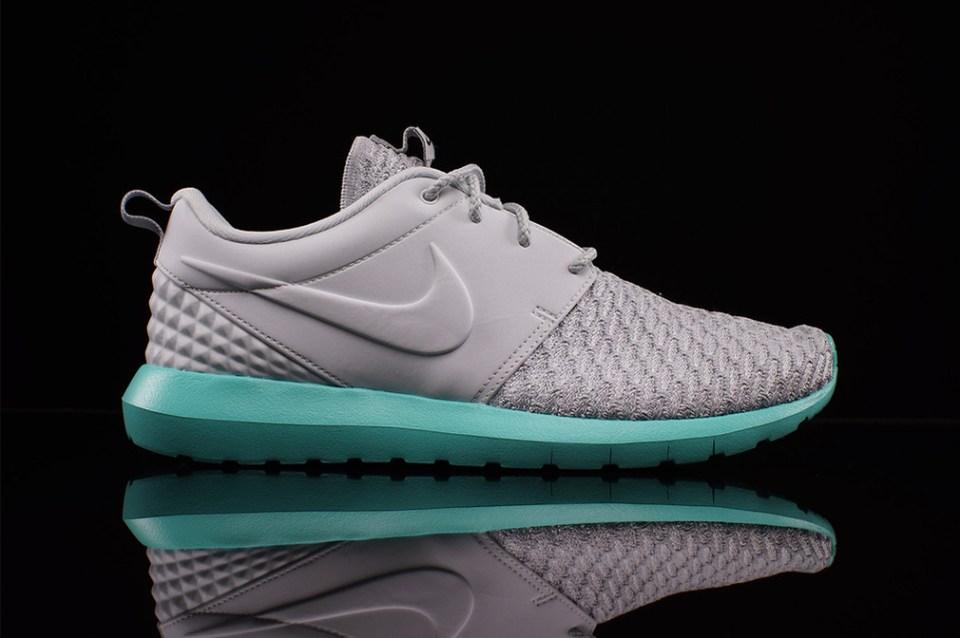 Nike roshe run calypso