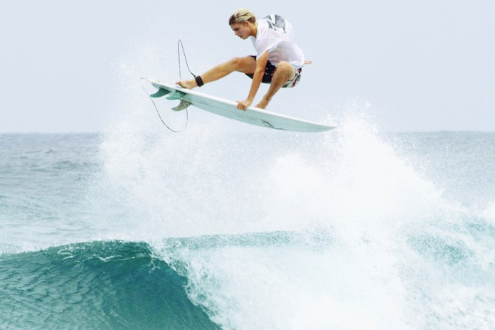 """Noa Deane Carves up Waves in """"TUFF"""""""