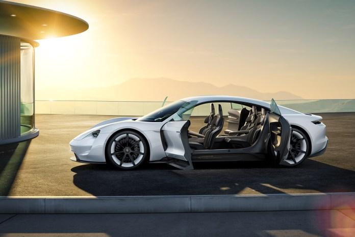 A Look Inside the Porsche Mission E Concept's Amazing Interior