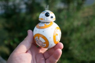 See Sphero's Star Wars BB8 Rotating Droid in Action