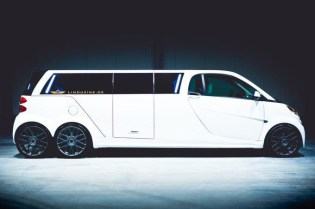 Peep This Smart ForTwo Limousine