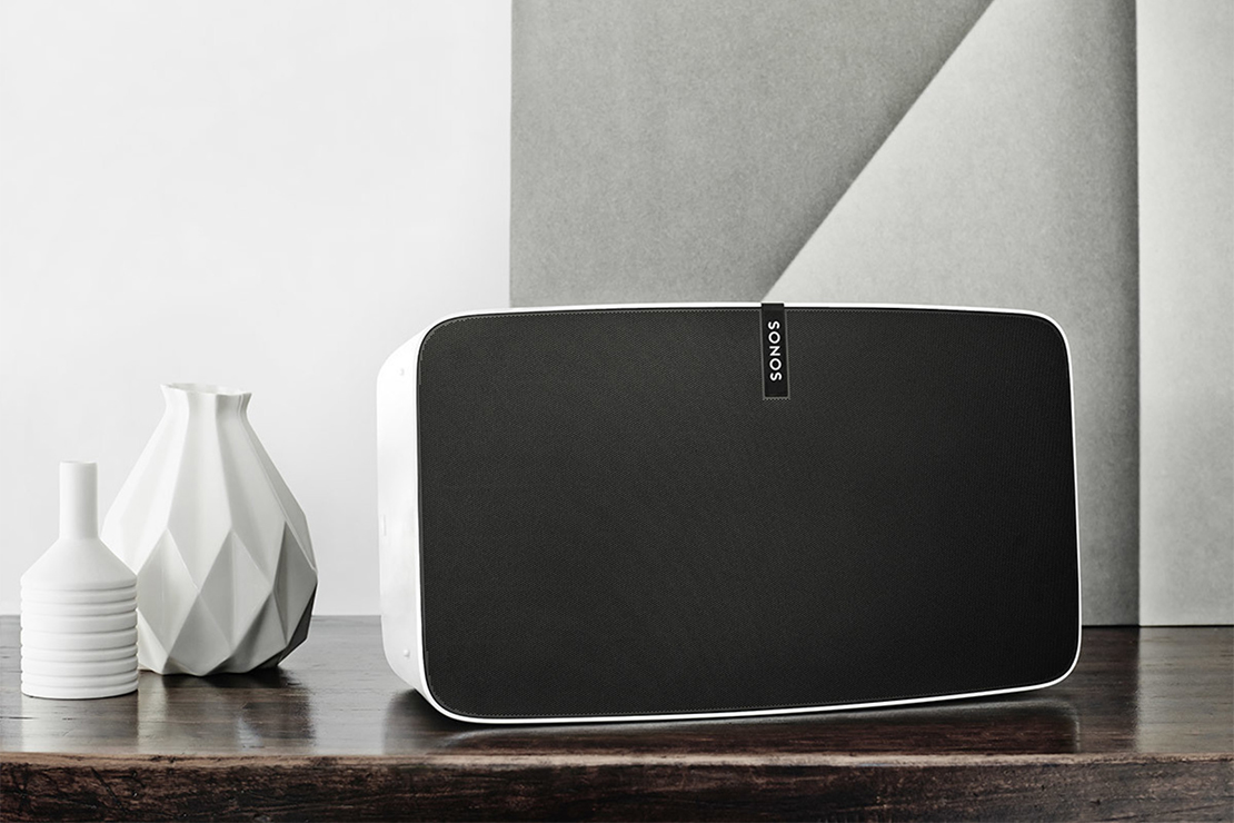 Sonos Redesigns its Play:5 Speaker & Adds Smartphone Audio Tuning