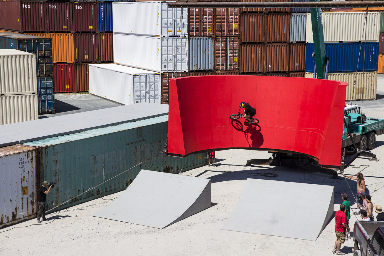 """Watch the Behind-the-Scenes of Drew Bezanson's """"Uncontainable"""""""