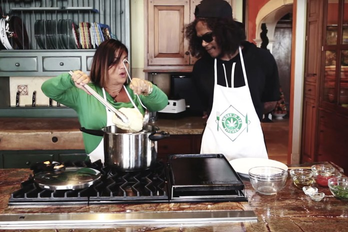 Ab-Soul Cooks With Weed in 'Smoke In The Kitchen'