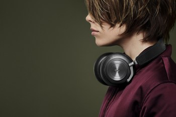 Bang & Olufsen BeoPlay H7 Premium Wireless Over-Ear Headphones