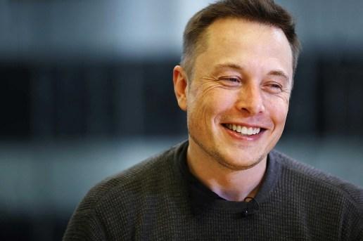 "Elon Musk Calls Apple the ""Tesla Graveyard"""