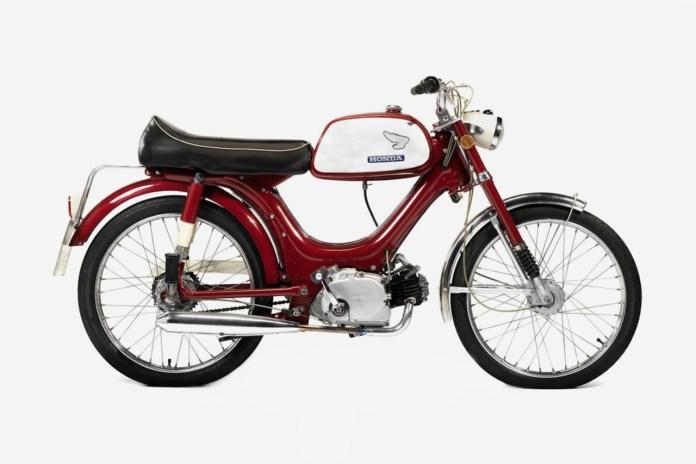 A Look at Former Top Gear Star James May's Honda PS50 Moped