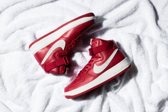 """Nike Air Force 1 High Retro QS """"Gym Red"""""""