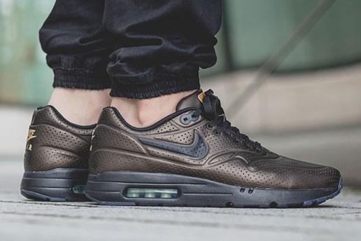 "Nike Air Max 1 Ultra Moire ""Metallic Finish"""