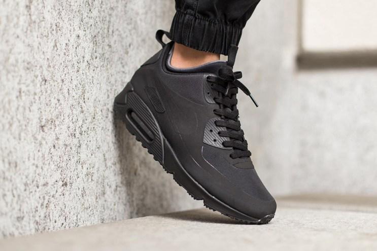 "Nike Air Max 90 Mid Winter ""Black"""