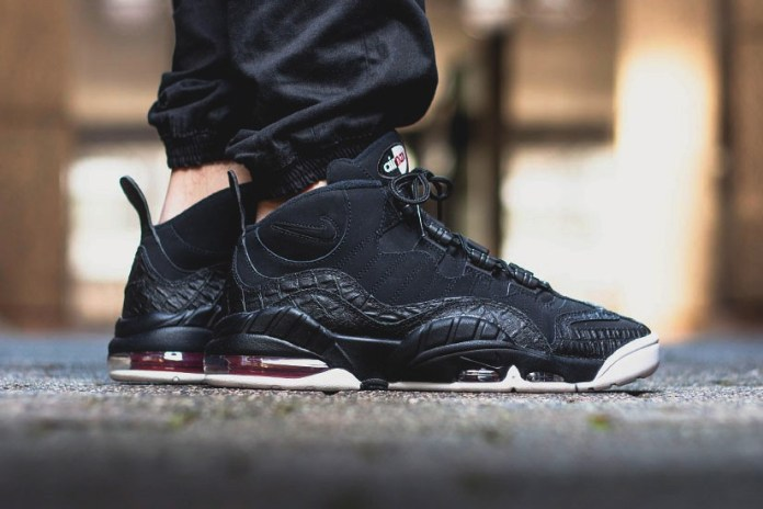 "Nike Air Max Sensation ""Dark Black"""