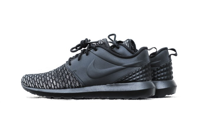 "Nike Roshe One NM Flyknit PRM ""Black"""