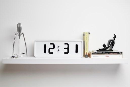 Rhei Liquid Clock by Damjan Stanković