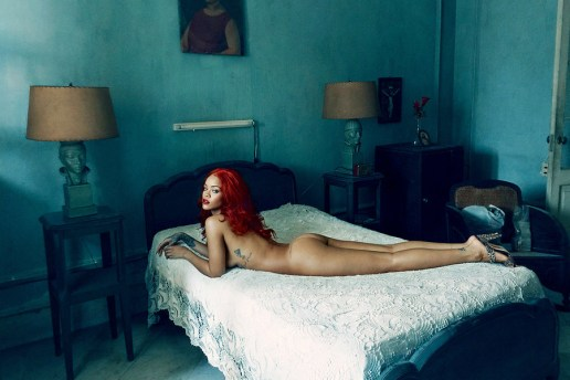 Rihanna Covers November Issue of 'Vanity Fair'