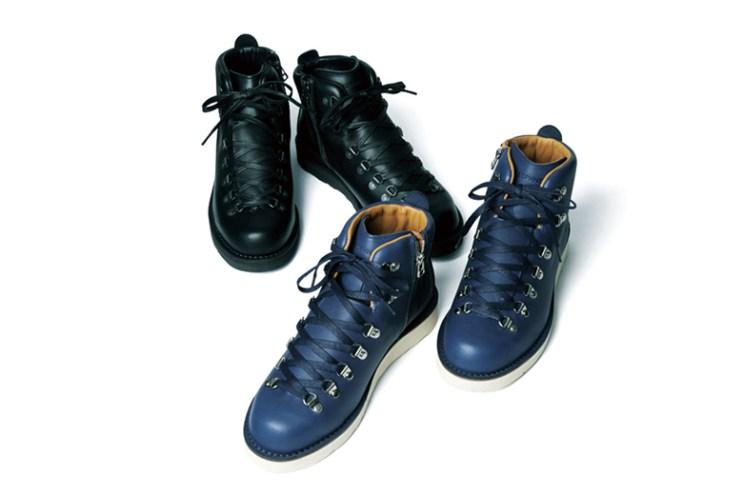 SOPHNET. x Danner Mountain Light Zip-Up Boots