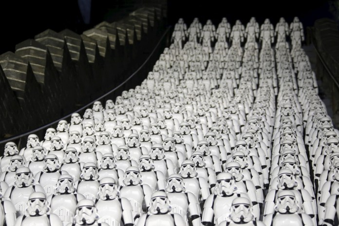500 Stormtroopers Invade the Great Wall of China