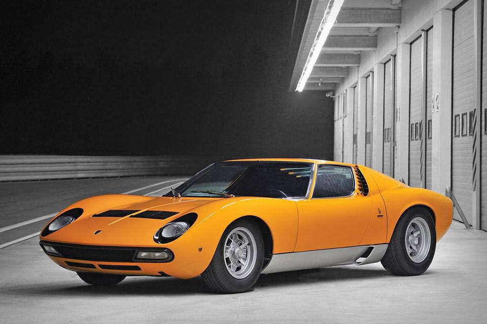 A 1972 Lamborghini Miura P400 SV Gets Restored