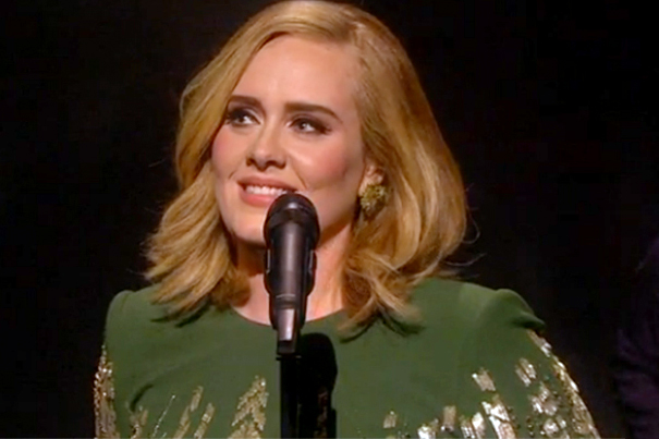 "Adele Performs ""Hello"" Live for the First Time"
