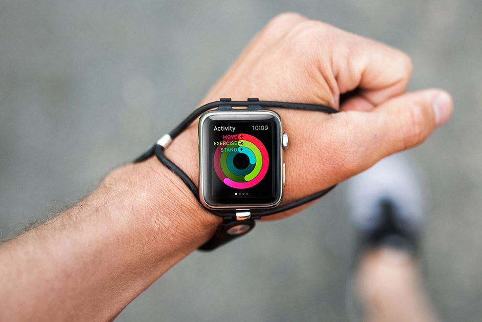 The EdgeGear SHIFT Band Moves Your Smartwatch to a More Ergonomic Location