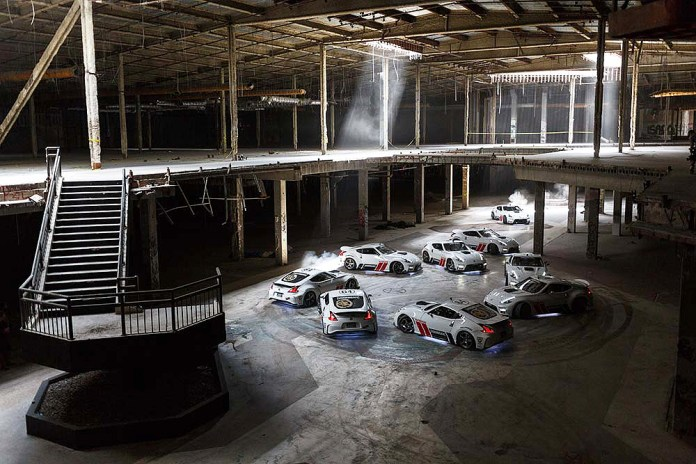 A 360° Video of Two 1000-Horsepower Nissan 370Zs Tearing up an Abandoned Shopping Mall
