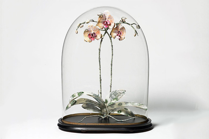 The Art of Money: Plant Sculptures That Are Made of Cash