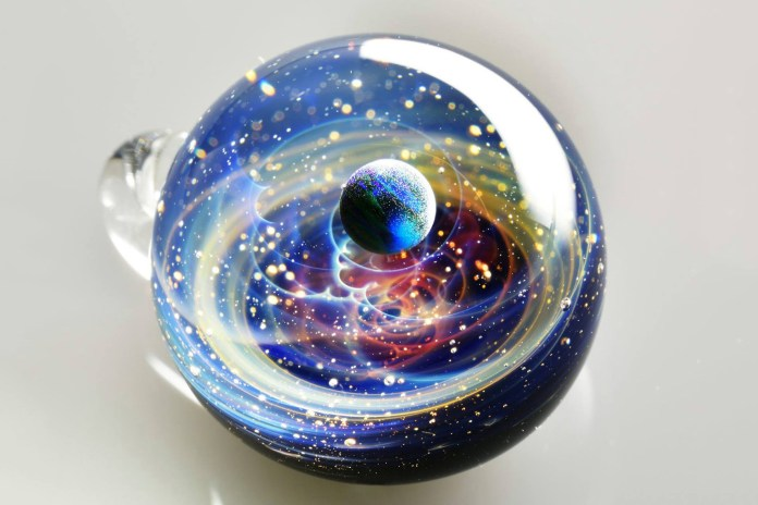 Harness Your Own Galaxy With These Gorgeous Miniature Glass Spheres