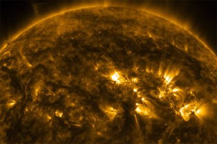 Watch This Mesmerizing 4K Video of the Sun