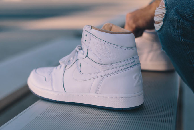 "Nike Air Jordan 1 ""Los Angeles"""