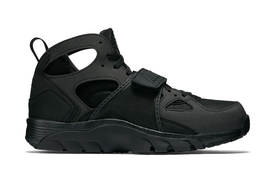 """Nike Air Trainer Huarache """"Triple Black"""""""