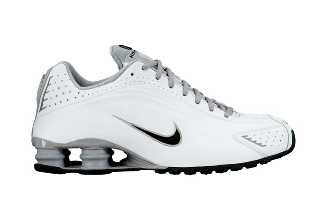 The Nike Shox R4 Is Making a Very Quiet Return
