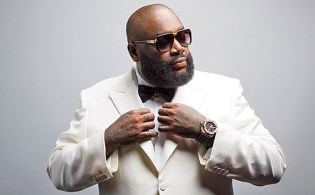 "Rick Ross featuring Chris Brown ""Sorry"" Music Video"