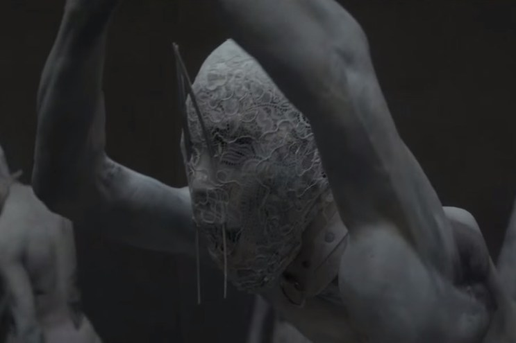 "Skrillex Unveils ""Red Lips (Remix)"" Music Video Teaser Trailer"