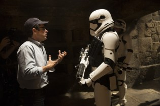 Behind-the-Scenes Footage and Hi-Res Stills of 'Star Wars: The Force Awakens'